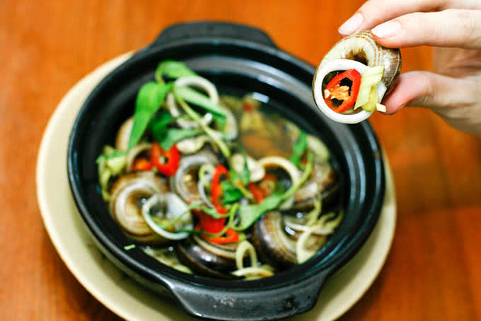 Nhà hàng với những đặc sản ba miền và hải sản tươi sống