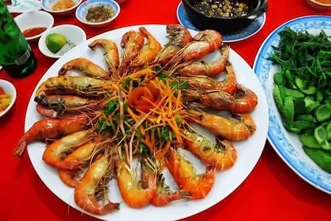 Ghe qua 5 dia chi voi nhung mon ngon Viet o Ho Chi Minh