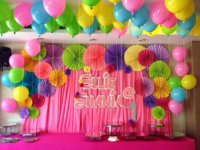 11+ mẫu phông trang trí sinh nhật cho bữa tiệc thêm bắt mắt