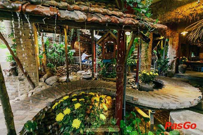 Top 10 nhà hàng sân vườn đẹp nhất ở Hà Nội 6