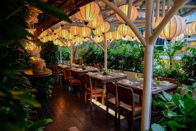 Những nhà hàng có không gian xanh 12