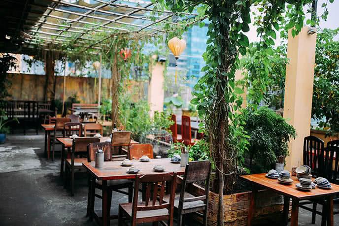 Những nhà hàng có không gian xanh 27