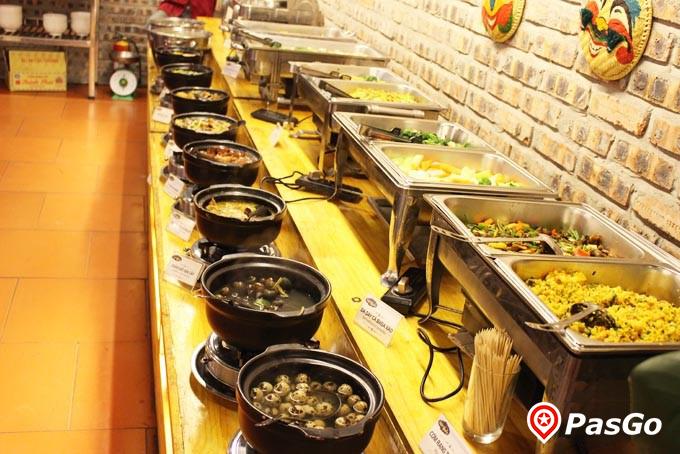 nhà hàng buffet vườn royal city 10
