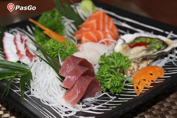 nhà hàng sashimi bbq garden japanese village 2b nguyễn thị thập 1