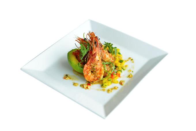 Không thiếu những món biến tấu từ hải sản mang đẳng cấp nhà hàng.