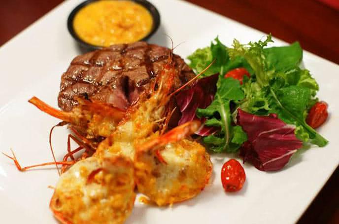 Hương vị thơm ngon đủ để bạn ngất ngây - moo beef steak trần quốc toản