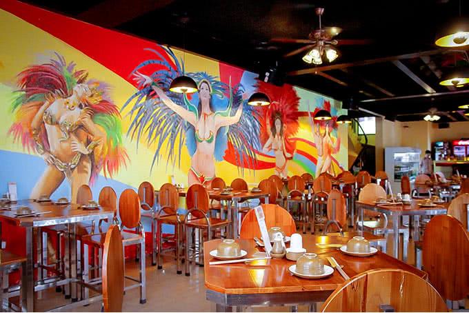nhà hàng carnaval beer 145 trung hòa 4