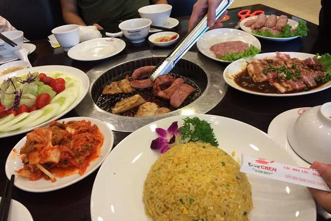 lẩu nướng không khói của Nhà hàng Chen By Namchen 1116 Hoàng Ngân