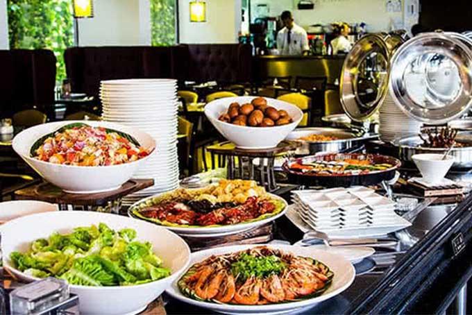nha-hang-buffet-co-tom-hum-9