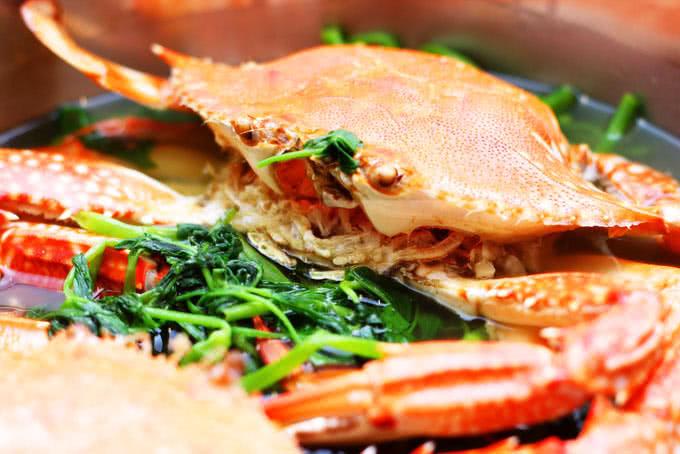 nhà hàng hải sản biển đông 794 đường láng 21