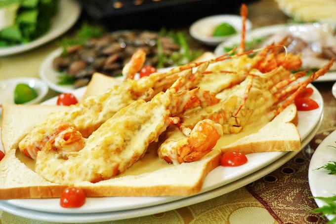 nhà hàng hải sản biển đông 794 đường láng 9
