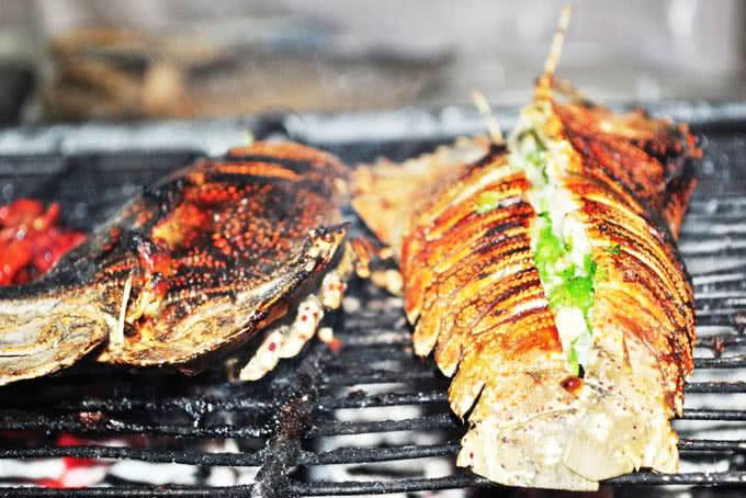 nhà hàng hải sản biển đông 794 đường láng 17