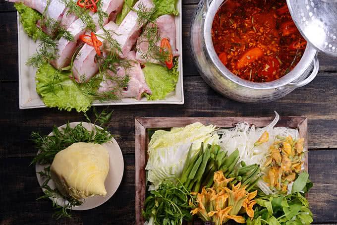 hẻm quán hoàng cầu món ăn 21