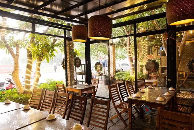 hẻm quán hoàng cầu món ăn 26
