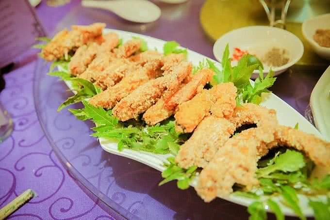 Nhà hàng Venus Minh Khai 12