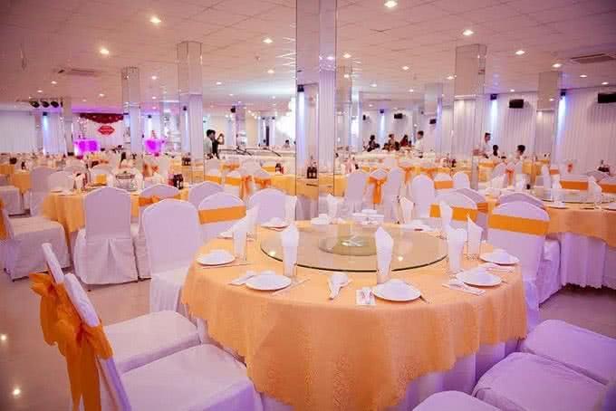 Nhà hàng Venus Minh Khai 3
