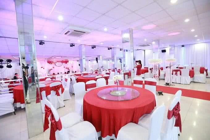 Nhà hàng Venus Minh Khai 5