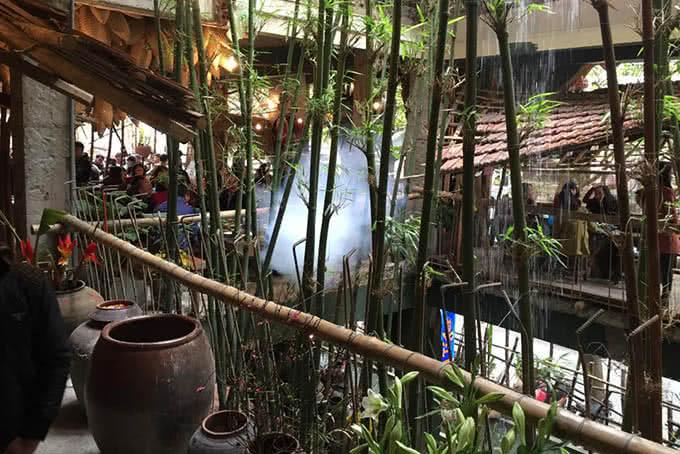 lương sơn quán Khói lam chiều vẩn vơ bên rặng trúc, lắng tai nghe tiếng nước du dương