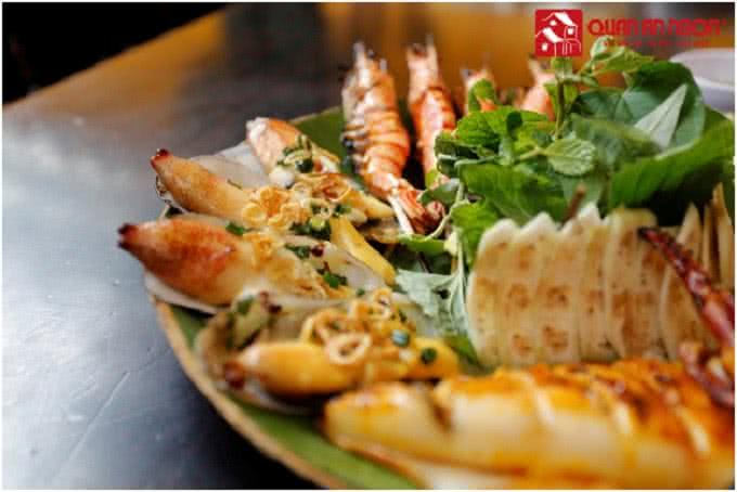 Vị ngọt thanh của cá hấp bầu - quán ăn ngon Phan Bội Châu