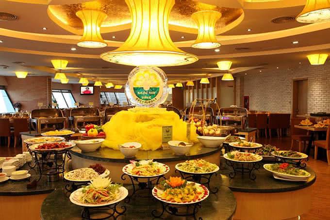 Không gian toát lên sự sang trọng, tinh tế - Nhà hàng ngọc mai vàng