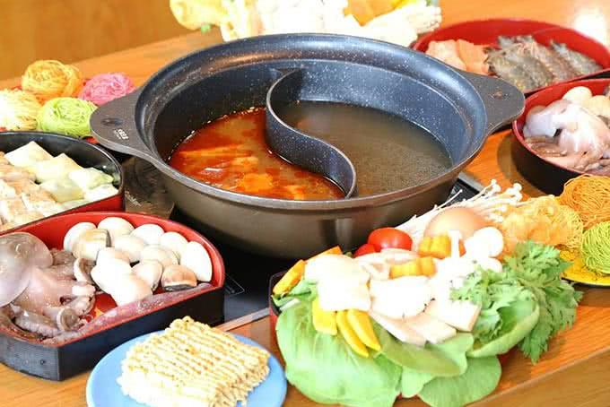 nhà hàng tokyo ginza koma buffet băng chuyền 2