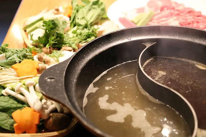 nhà hàng tokyo ginza koma buffet băng chuyền 4