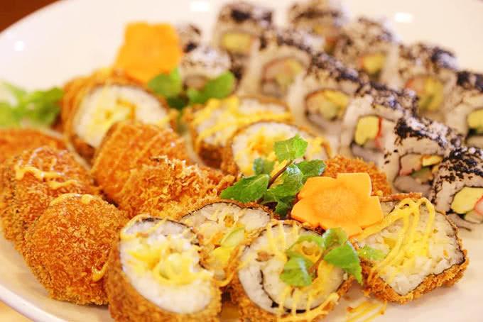 nhà hàng tokyo ginza koma buffet băng chuyền 9