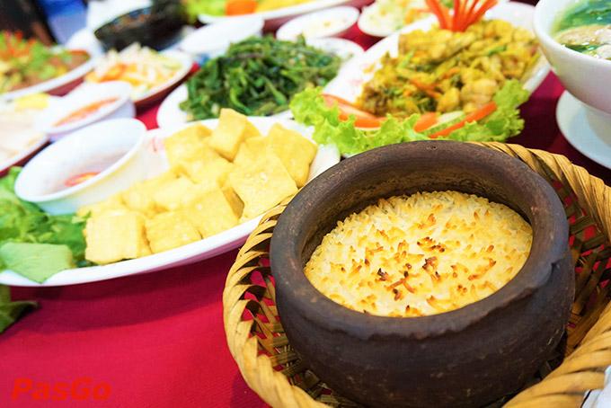 Top 10 quán ăn tối ngon, nổi tiếng nhất ở Đà Nẵng 3