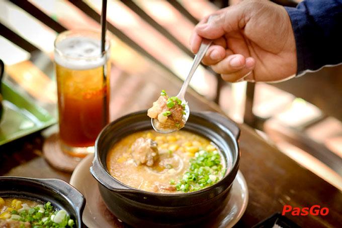 Top 20 quán ăn bình dân ngon, hút khách nhất ở Quận 1 12