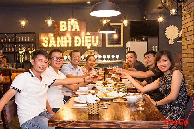 top 10 quán nhậu bình dân ngon bổ rẻ, hút khách nhất ở Hà Nội 8