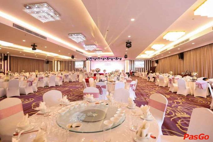 Tổ chức tiệc cưới tại nhà hàng 1