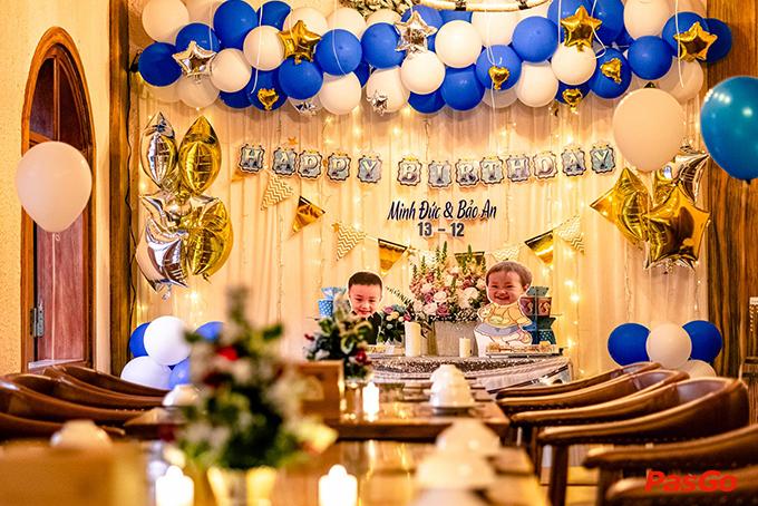 Nên đặt tiệc nhà hàng tổ chức sinh nhật cho bé hay tổ chức ở nhà 2