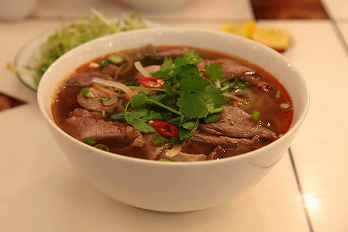 Nhà hàng Paris Deli 6 Phan Chu Trinh 23