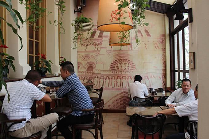 Nhà hàng Paris Deli 6 Phan Chu Trinh 3