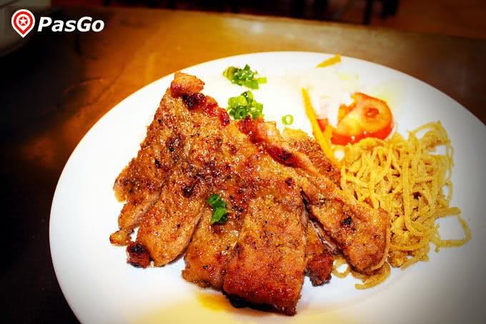Cơm tấm sườn bì quán ăn ngon 18 phan bội châu