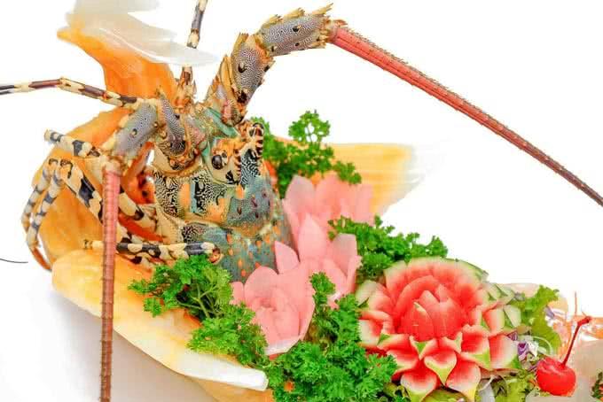 Nộm cua thế giới hải sản trần hưng đạo