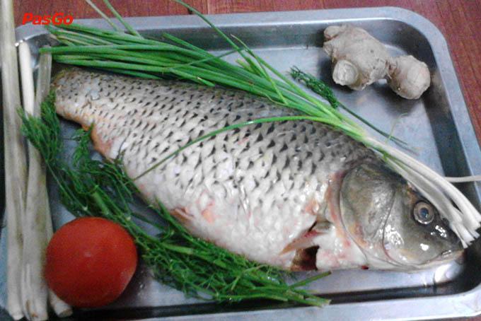 Cách làm cá chép om dưa 1