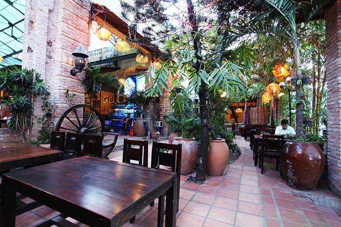 """Thưởng thức món ăn """"nhà quê"""" ngay giữa lòng Sài Gòn 2"""