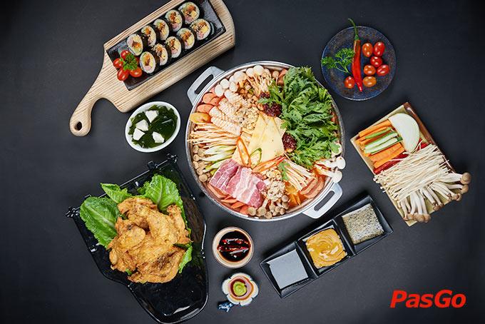 Nhà hàng Ssal Chicken Hoa Lan – Dư vị gà giòn Hàn Quốc 1