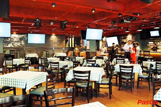 Nhà hàng Olearys Bà Triệu 17